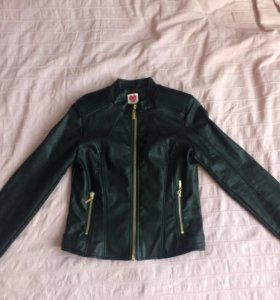 Куртка коженная новая