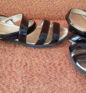 Сандали -туфли детские