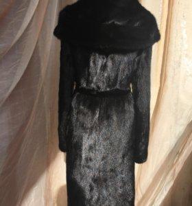 Норковая шуба с капюшоном