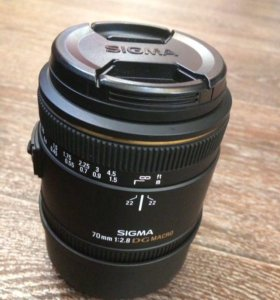 Объектив Sigma 70 mm 2.8 Nikon F