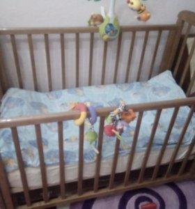 Кроватка с продольным маятником+матрас+комплект