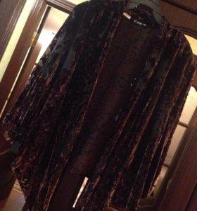 Лёгкий бархатный пиджак