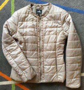 Куртка лёгкая на весну/осень
