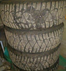 Зимние шины с дисками продам