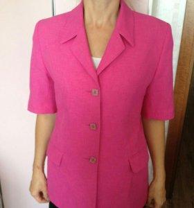 Пиджак женский, размер 46