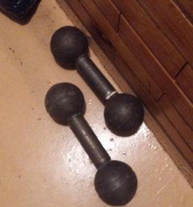 Гантели 5 или 6 кг