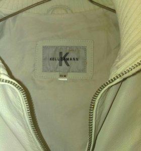Куртка (белая)