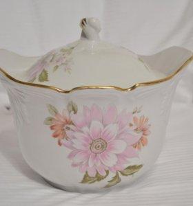 Супница фарфоровая посуда столовая