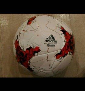Мяч Адидас