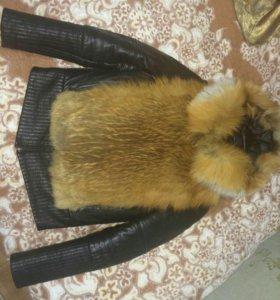 Кожаная куртка-жилетка с мехом лисы