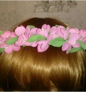 Ободок с цветами для волос ручной работы