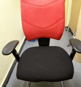 Кресло компьюторное