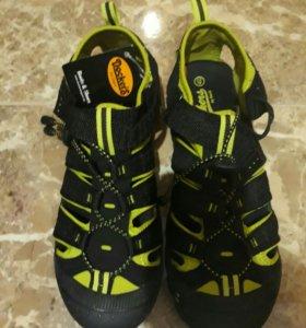 (НОВАЯ) Немецкая обувь