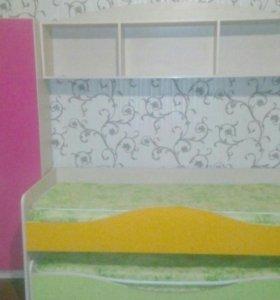 Детский спальный гарнитур,двух-ярусный