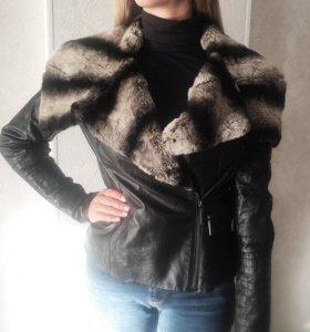 Куртка кожаная . Размер М