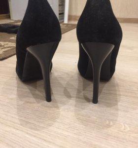 Новые Туфли чёрные замшевые вечерние
