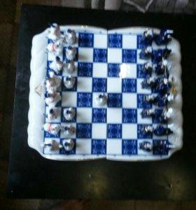 Шахматы из фарфора