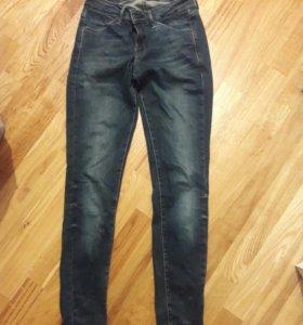 женские джинсы uniqlo