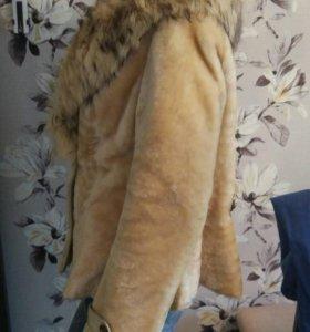 Шуба мутоновая 48-50 размер