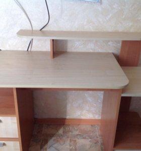 Продам школьный стол