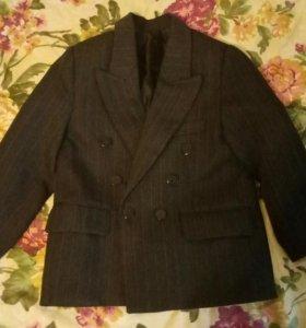 Костюм тройка пиджак,жилетка,брюки 104-122