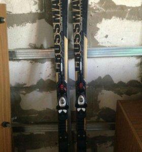 Лыжи горные +ботики 😊