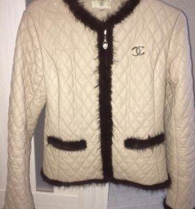 Продам куртку CHANEL