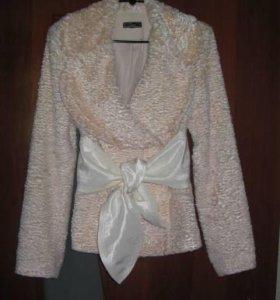 Пиджак из искусственного меха
