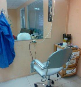 Парикмахерское кресло место