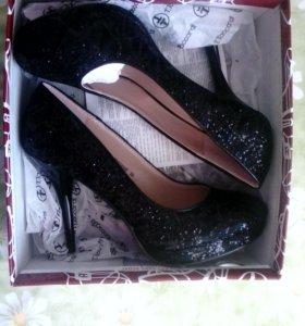 Шикарные туфли (новые)