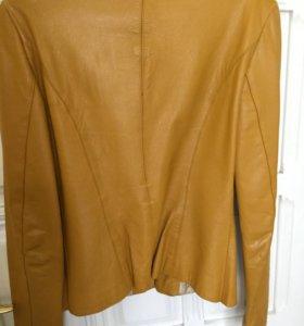 Желтый кожаный пиджак размер 44-46