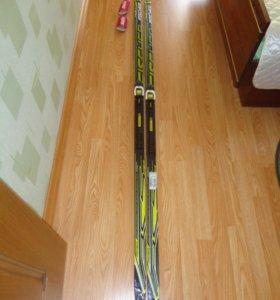 Профессиональные лыжи Fisher с креплениями
