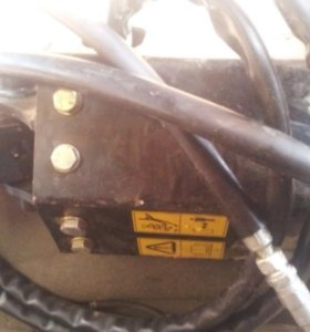 JCB 2016  Ямобур гидропривод буровое оборудование