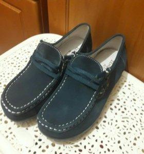Ботинки новые Zenden
