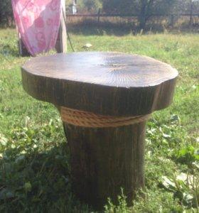 Столик ручной работы