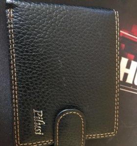 Продам совершенно новый кошелёк.
