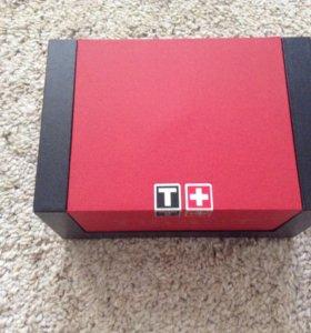 Оригинальная упаковка от швейцарских часов Tissot