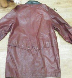 Пальто кожанное