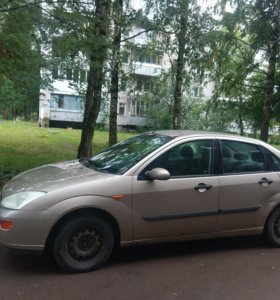Ford Focus 1.6МТ, 2004, седан
