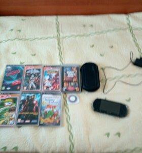 PSP С играми, чехлом и зарядкой.(прошитая)