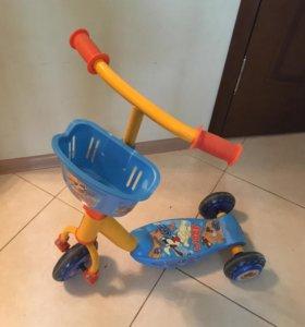 Детский самокат с подсветкой и мелодией