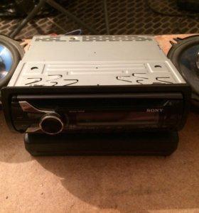 Авто магнитола Sony с колонками pioneer