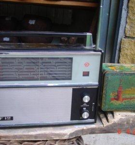 Радиоприемник VEF 12 СССР радио старинное