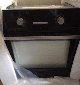 Духовой шкаф Electrolux EZB55420AK встраиваемый