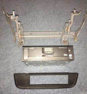 DVD video player 67002 Тойота Сиенна 3