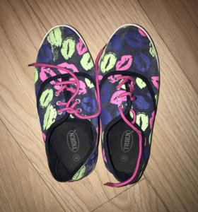 Тряпочные кроссовки