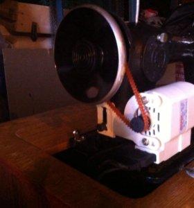 Швейная машинка на электропидали!