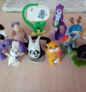Игрушки из Kinder