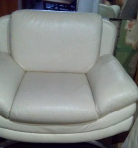 СРОЧНО!!! Кожаный диван + кресло