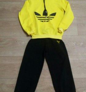 Спортивный костюм (122-128 рост)